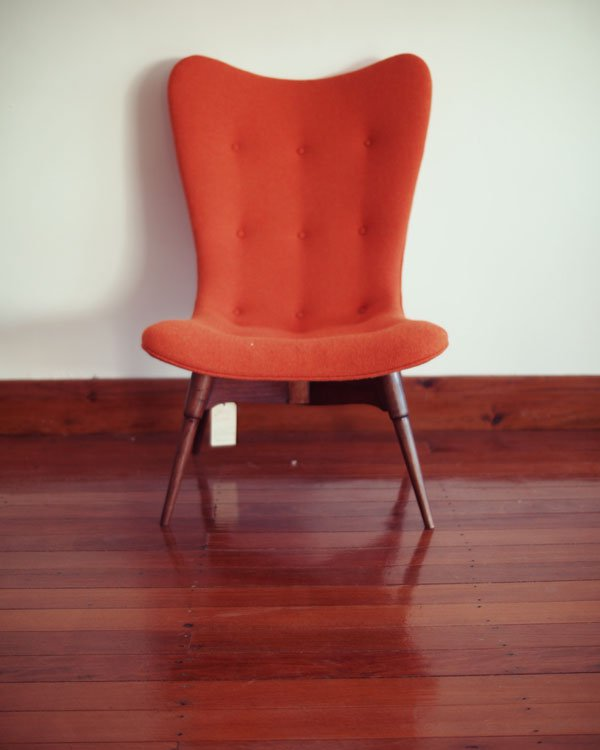 Grant Featherston contour chair - After shot