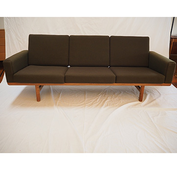 Hans Wegner 3 Seater sofa GE 236 – Oak
