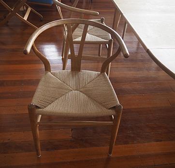 Set of 6 Hans Wegner Wishbone chairs