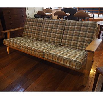 """Hans Wegner – """"Plank Sofa"""""""