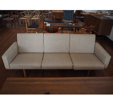 Hans Wenger Sofa Model GE 236