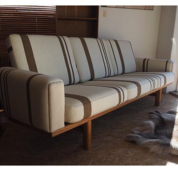 Hans Wegner GE 236 Sofa